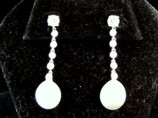 Pearl & Diamond Dangle Earrrings